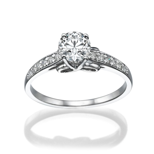 Picture of 0.35 Total Carat Classic Engagement Round Diamond Ring