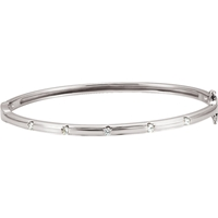 Picture of 0.25 Total Carat Bangle Round Diamond Bracelet