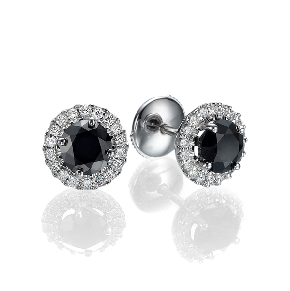 Picture of 0.65 Total Carat Stud Round Diamond Earrings