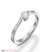 Picture of 0.30 Total Carat Solitaire Engagement Round Diamond Ring