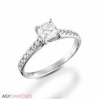 Bild von 0.91 Gesamtkarat Klassisch-Verlobungsring mit Princessdiamant